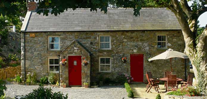 ireland accommodation holiday exterior house cottages self catering cork cottage